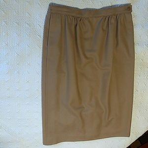 Pendleton camel wool lined skirt 10